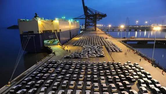 市商务委负责人介绍,南沙沙仔岛汽车码头平行进口汽车销售店将建成